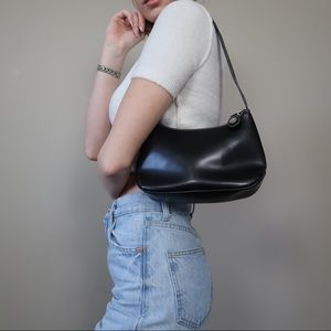 Vintage 90s Tommy Hilfiger shoulder bag